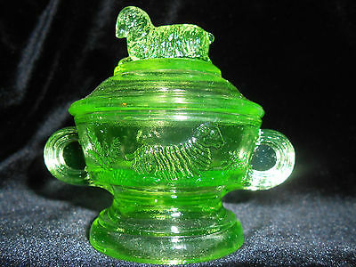 Green Vaseline glass childs cookie cracker jar lamb sheep pattern sugar Uranium  ()