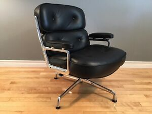 Classic Eames Herman Miller Executive/Lobby Time Life Chair