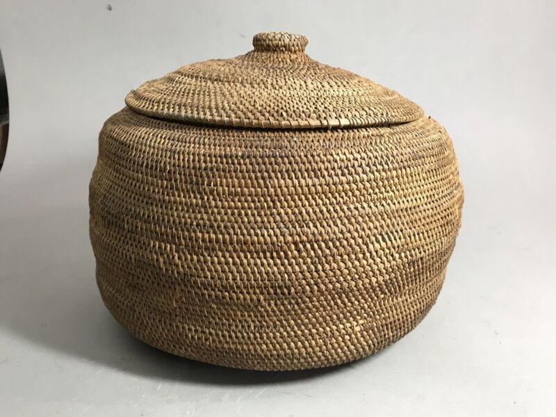 "Antique Native American Alaskan Eskimo Lidded Basket One-rod Coiled Large 11""D"