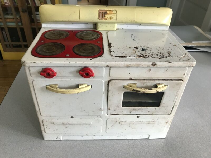 Vintage Empire Plug-in Toy Stove