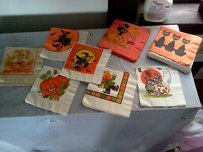 VINTAGE HALLMARK HALLOWEEN  LUNCHEON 2 PLY  NAPKINS LOT OF 44 #851
