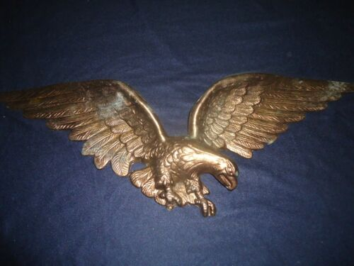 "LARGE VINTAGE AMERICAN EAGLE SCULPTURE WALL HANGING 29"" BRASS METAL PLAQUE"