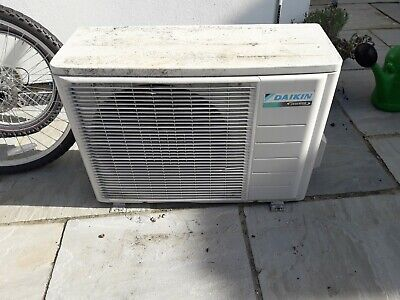 Air conditioning external unit daikin RXS42J2V1B