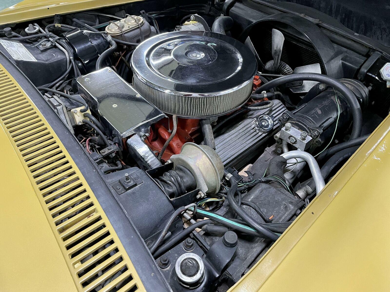 1972 Yellow Chevrolet Corvette   | C3 Corvette Photo 10