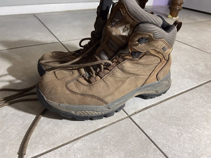VASQUE 7470 Mens Sz 10 M Brown Leather Hiking Outdoor Boots Vibram GTX Good