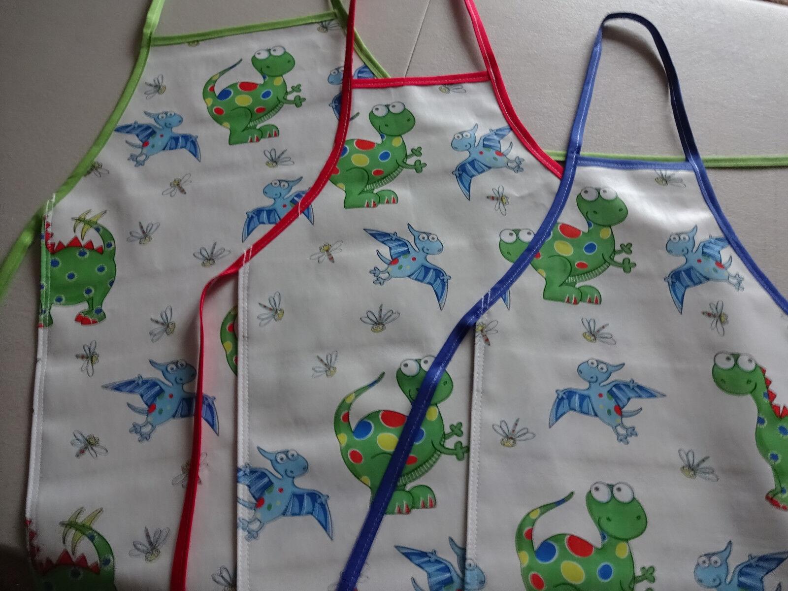 Waterproof /& Easy Wipe Clean Ulster Weavers Childrens Bunnies PVC Apron Crafts