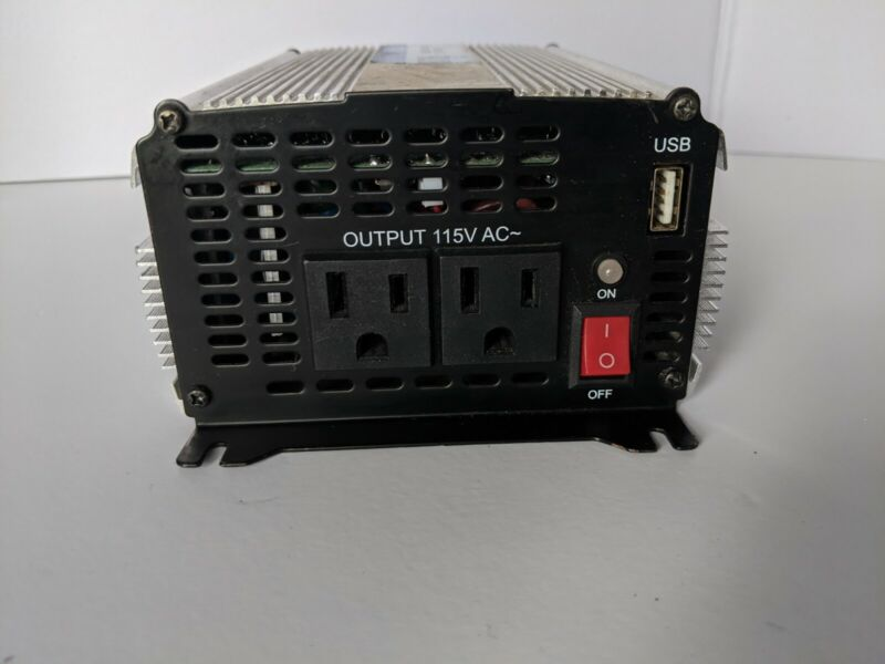 Cen-tech 1000 Watt Continuous/ 2000 Weatt Peak Power Inverter