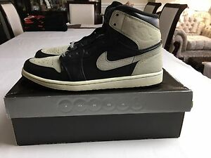 "2009 Air Jordan 1 Retro ""Shadow"" size 11.5"