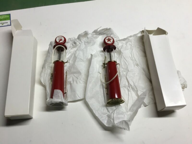 2 Diecast Texaco Fire Chief Vintage Glass Top Fuel Gas Pumps New in Boxes