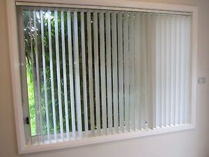 Vertical blinds Woongarrah Wyong Area Preview
