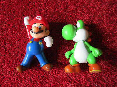 Nintendo Figur Mario und Yoshi Kunststoff-Figuren ca. 6,5 cm groß  ()