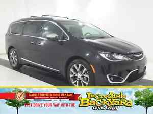 2017 Chrysler Pacifica LIMITED | DUAL DVD | PANO ROOF | HEATED/C