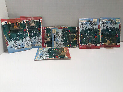 """Lot of 7 Tiny Towne Figures 1.25"""" Christmas Villages or Train Set Layouts NIP"""