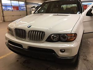 As Is 2004 BMW X5- 4.4 V8