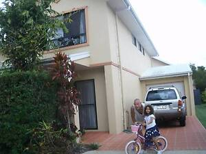 1 bedroom with private bathroom in a resort setting. Mudjimba Maroochydore Area Preview