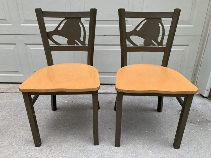 Lot (2) Taco Bell Indoor Dining Room Restaurant Chairs
