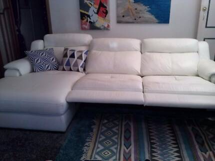 TOP QUALITY GENUINE  ITALIAN LEATHER LOUNGE.... Coffs Harbour Area Preview
