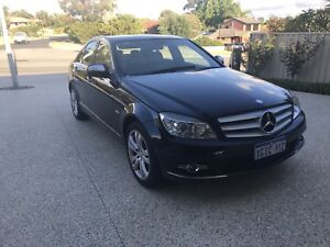 *REDUCED* **MUST SEE**BEAUTIFUL 2007 MERCEDES C200. ONLY 80,000 KMS!!
