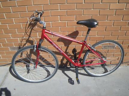 CYCLING HYBRID BIKE DUAL SUSPENSION 21 SPEED 700C TYRES BICYCLE Maribyrnong Maribyrnong Area Preview