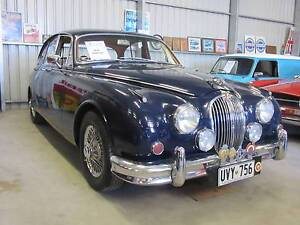 COLLECTABLE CLASSIC CARS -1961 Jaguar MK II 3.8 - AUTO Woodside Adelaide Hills Preview