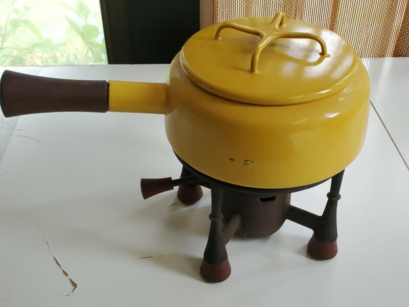 Dansk Yellow Kobenstyle Fondue Pot w/ Stand