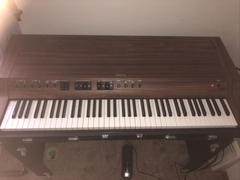 Yamaha CP-30 Electric Piano. Used - In Working Condition. Local Pick Up Only