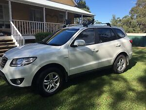 Hyundai Santa Fe 2010 Winmalee Blue Mountains Preview