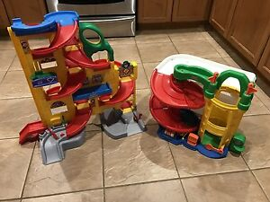 Fisher Price Racetrack Play set !