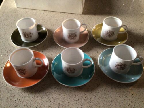 """SUSIE COOPER WEDGWOOD VINTAGE 6 coffee cups and saucers """"Musical Instruments"""" De"""