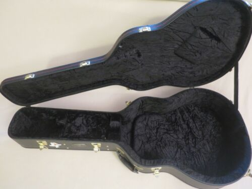 Breedlove Acoustic Guitar Hardshell Case, 6 Latches, with Key