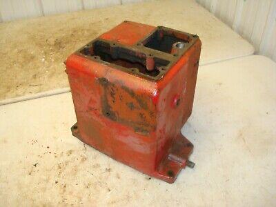 Farmall 400 Tractor Hydraulic Oil Reservoir Tank