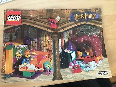 Lego #4722 Harry Potter House of Griffindor  2001 RARE