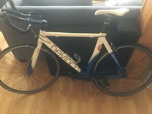 Devinci Imola SL1 Road Bike