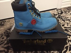 TIMBERLANDS SIZE 9.5 MEN FOR SALE!!!