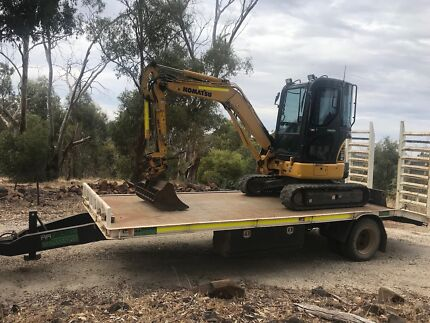 Excavator and trailer for sale
