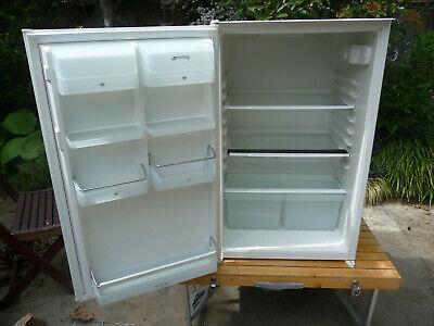 Smeg integrated fridge, model UKFL164A