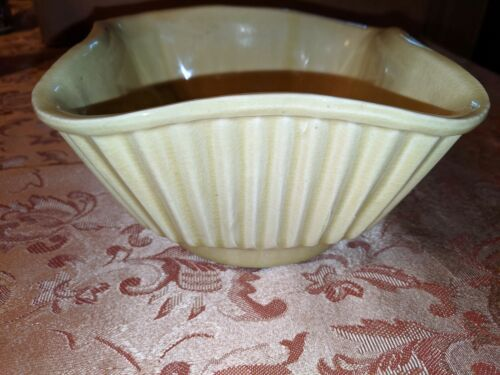 American Bisque Pottery Yellow /Gold #4001 USA Planter/Flower Bowl/Pot Succulent