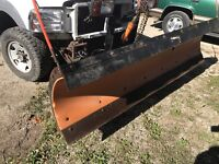 ARCTIC 8 FOOT POLY PLOW SYSTEM USED FOR F250 OR F350 FORD London Ontario Preview