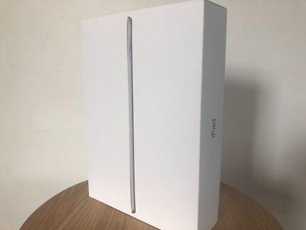 Apple iPad 32GB wifi + cellular NEW IN BOX (space grey)
