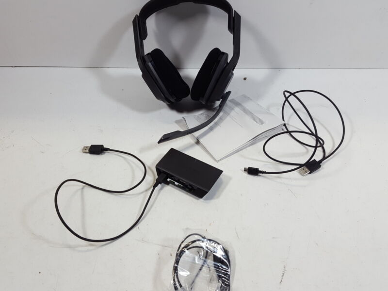 Astro Gaming A20 Wireless Gaming Headset for Xbox One/PC/Mac Multi 939-001557