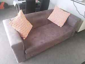 Free couch Kingston area Kingston South Canberra Preview