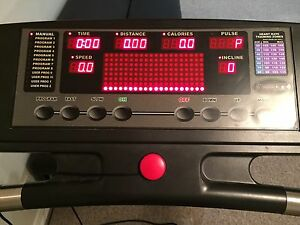 TREADMILL for sale Cornwall Ontario image 2