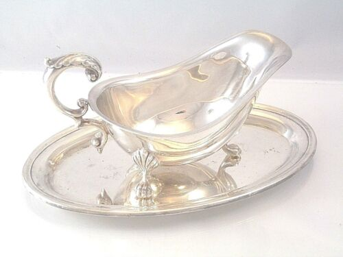 LOVELY SILVER PLATE SAUCE GRAVY FOOTED BOAT WITH UNDERPLATE PAW FEET