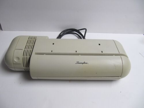 Swingline Electric 3 Hole Punch Model 525 - 20 Sheet Capacity