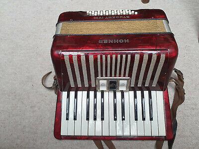 Nice used Hohner Student IV M accordion fisarmonica IVM