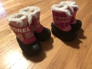 Two pairs size 5 Sorel snow commander winter boots