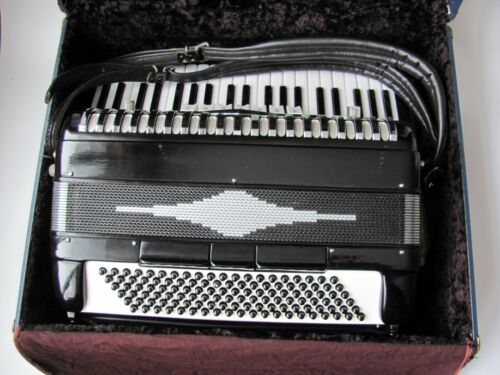 Classic professional full size accordion with case, Model D95S. Made in Italy/