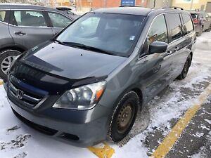 2007 Honda Odyssey 243000 km inspect!!