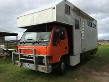 Mitsubishi Canter 3-horse truck Garfield Cardinia Area Preview