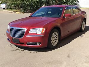 2014 Chrysler 300 LEATHER LOADED INSTANT APPROVALS